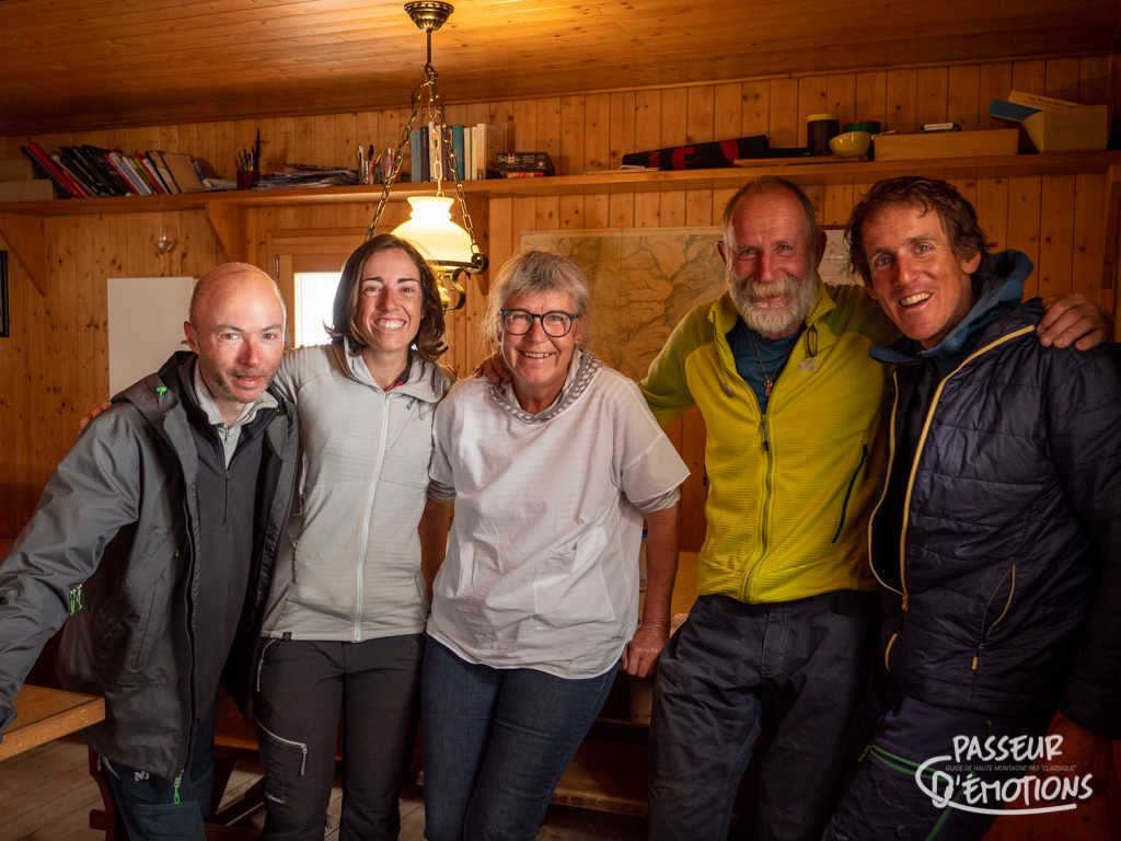 """Les gardiens de la Weisshornhütte et la phrase mythique du gardien : """"le Cervin c'est pour les touristes, le Weisshorn, c'est pour les alpinistes !"""" haha!"""